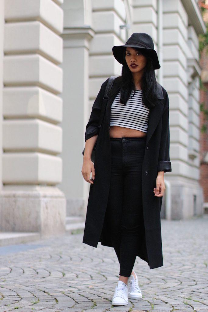 fashionblog-modeblog-adidas-stansmith-white-weiss-allinblack-schwarz-edited-topshop-vangraaf-mcm-streifen-rucksack-6