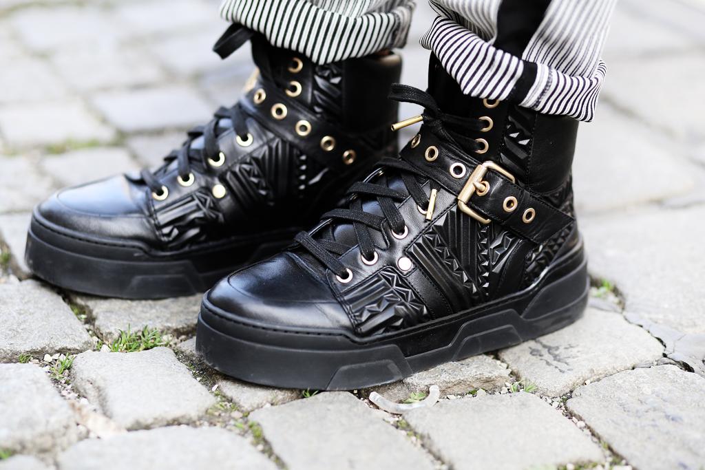 thefashionanarchy_anniep._outfit_style_look_spitze_lace_munichblogger_blogger_fashionblogger_munich_muenchen_fashionblogger_ash_sneaker_7