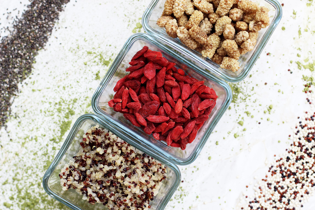 thefashionanarchy_foodblog_superfood_gesundheit_quinoa_maulbeeren_matcha-chia_samen_gojibeeren_rezept_modeblog_styleblog_lifestyleblog_muenchen_munich_matcha_01