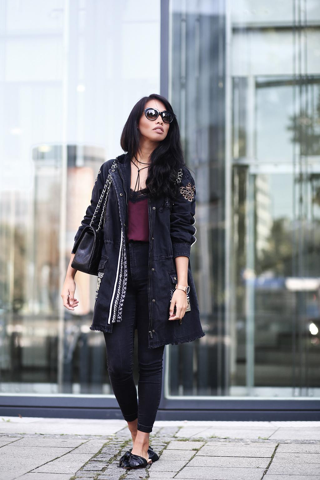 thefashionanarchy_blogger_fashionblog_modeblog_styleblog_fashionblog_outfit_exotic_denim_desigual_streetstyle_look_munich_muenchen_munichblogger_styleblog_chanel_slipper_4